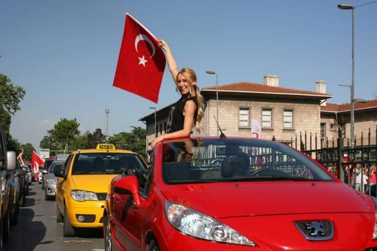 cumhuriyet_bayrami_ufuksarisen_001