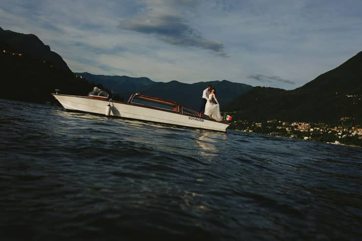 Italy Como Lake Boat Couple Shooting