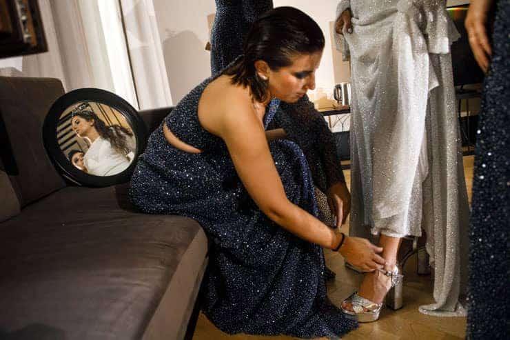 bridemaids at preparation room mate emir