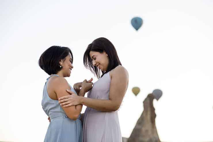 Turkiye Kapadokya gay cift evlenme teklifi