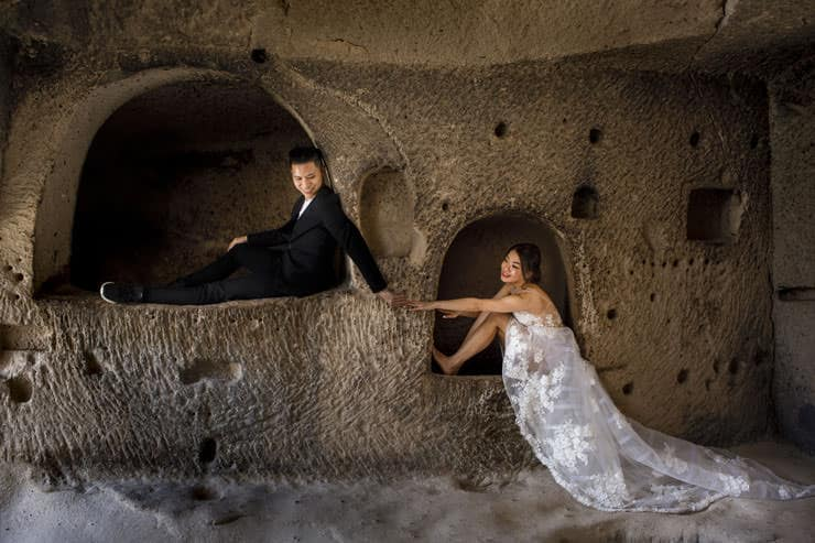 Couple Poses in Cappadocia pre wedding photos